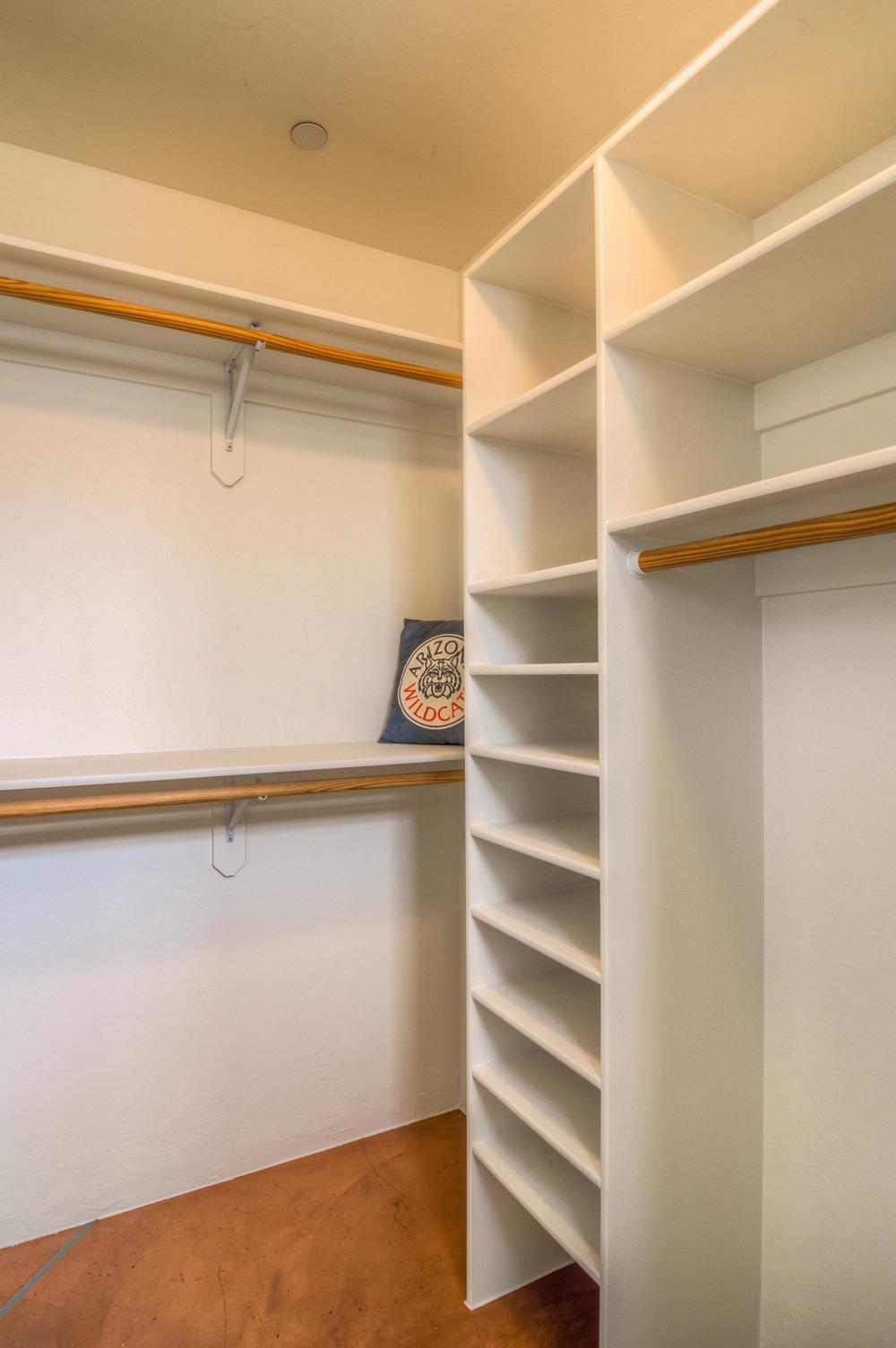 13 Bedroom Closet.jpg