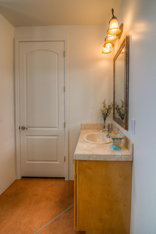 14 Bathroom photo a.jpg