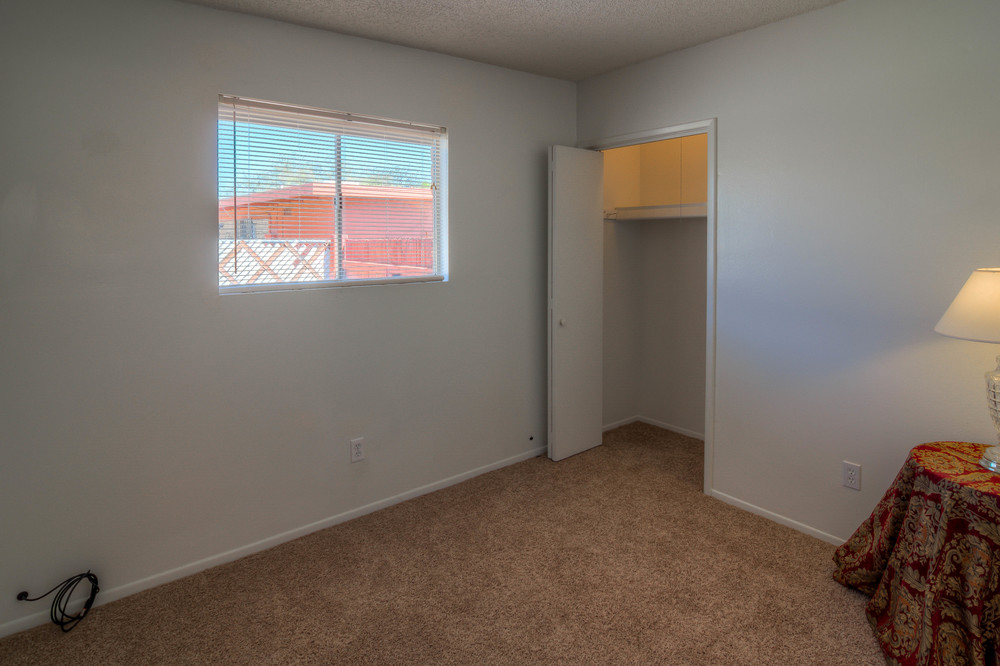 26 Bedroom 3 photo a.jpg
