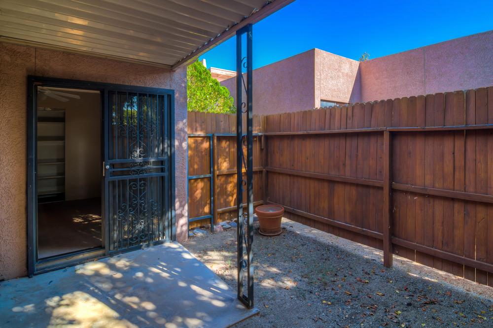 35 Backyard photo b.jpg