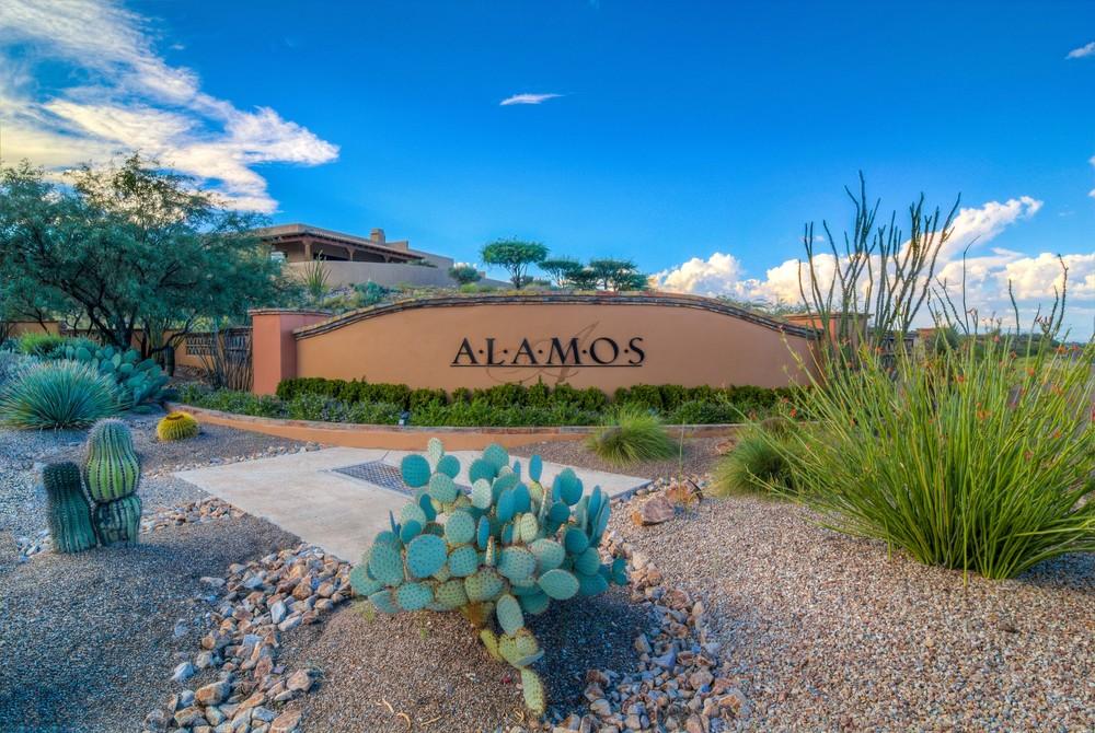 21 Alamos sign.jpg