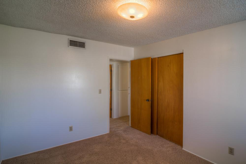 19 Bedroom 1 photo c.jpg