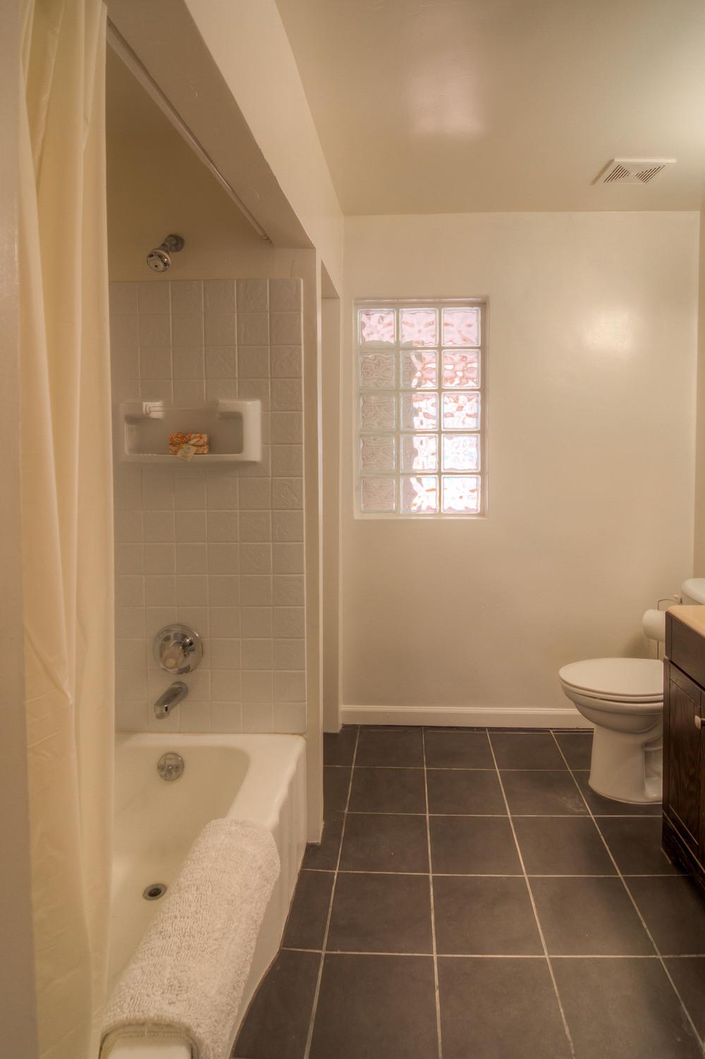22 Bathroom 1 photo a.jpg