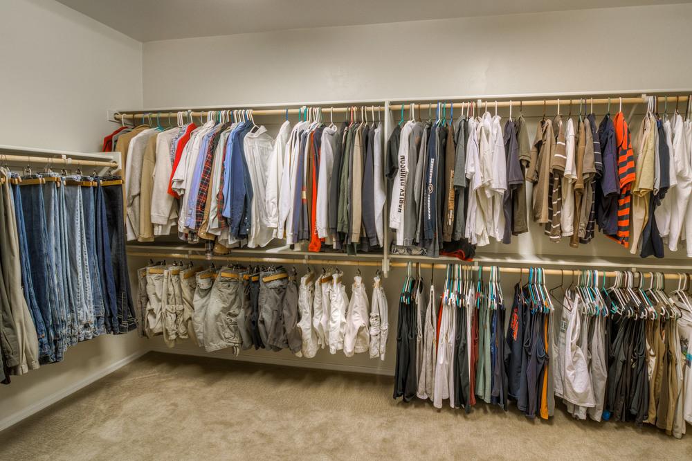 41 Master Closet photo a.jpg