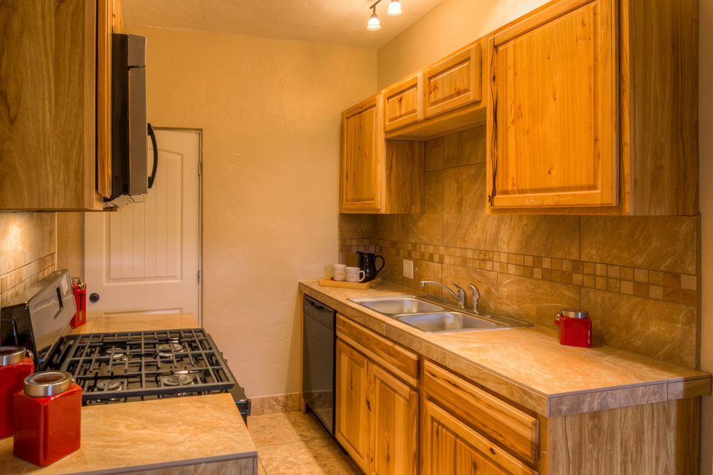 26 Guest Kitchen photo b.jpg