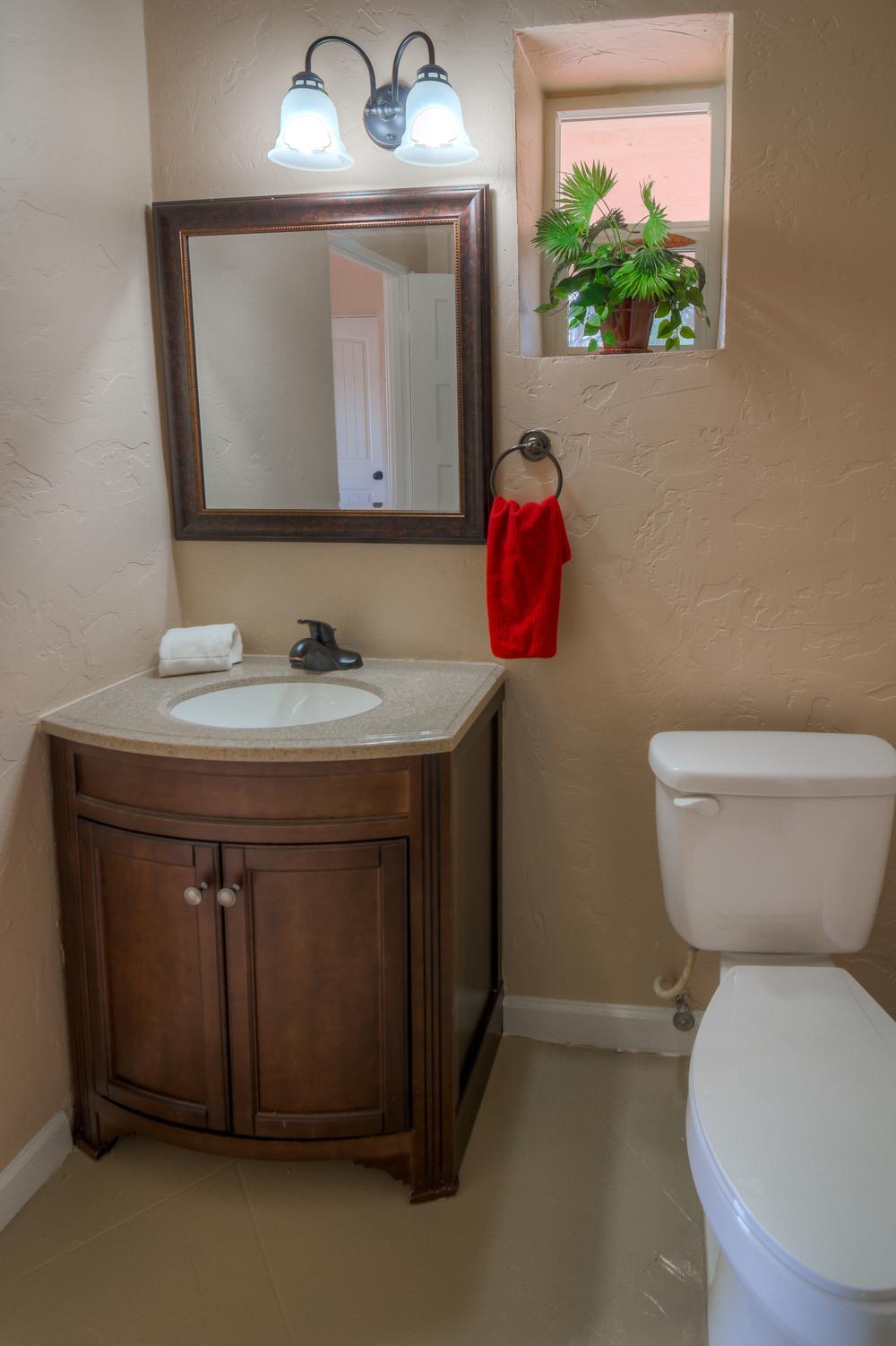 36 Guest Bath photo b.jpg