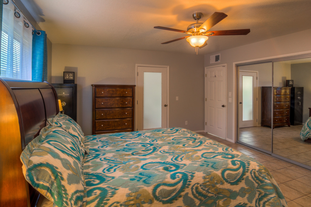 30 Master Bedroom photo c.jpg