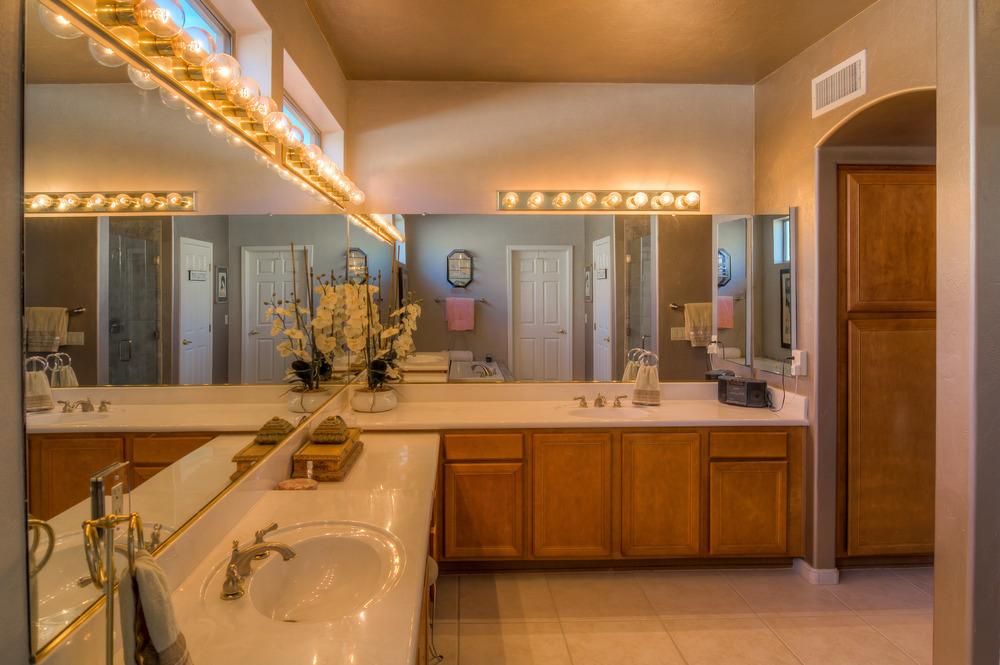 34 Master Bathroom photo a.jpg