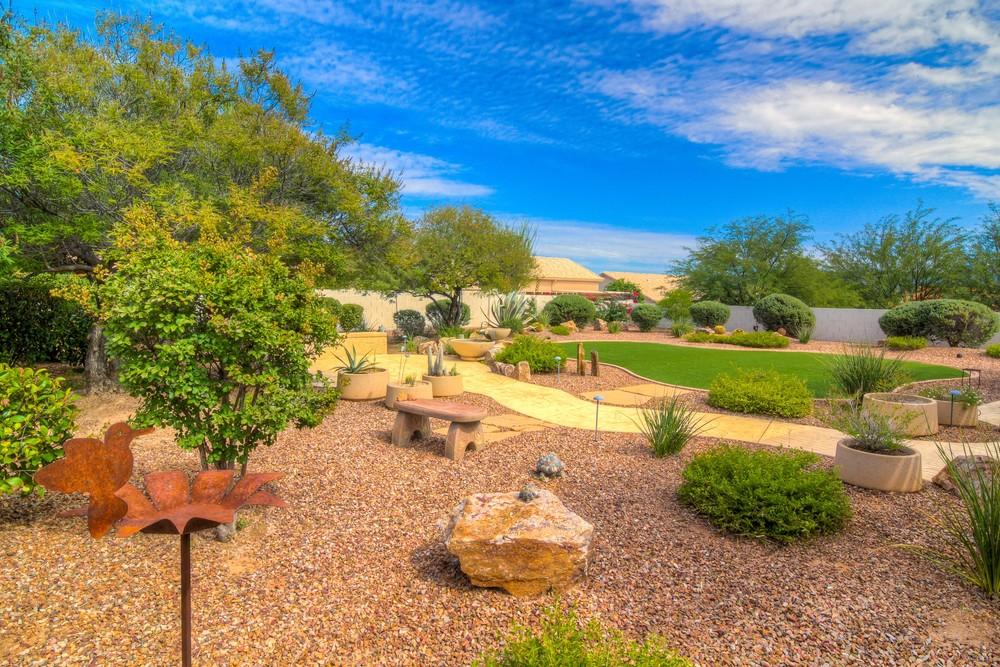 46 Backyard photo f.jpg