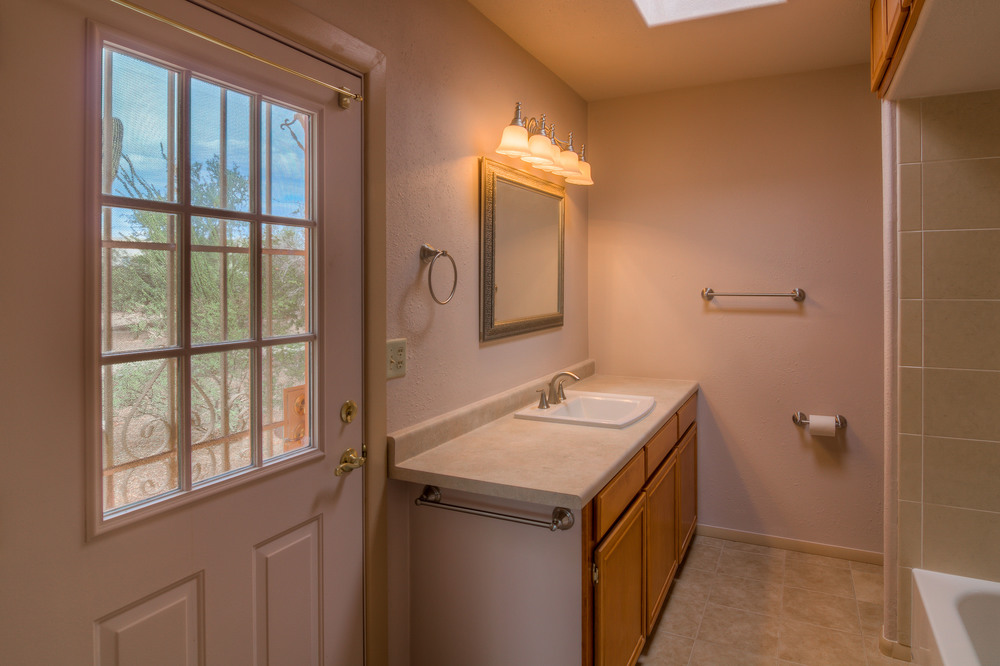 34 Master Bathroom photo a.jpg