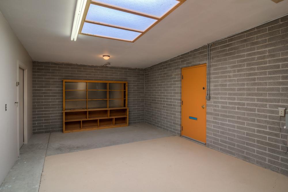 44 Garage Storage photo a.jpg