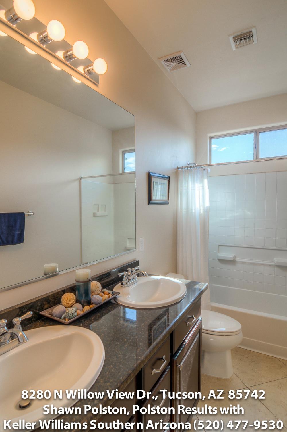 31 Bathroomtiff.jpg