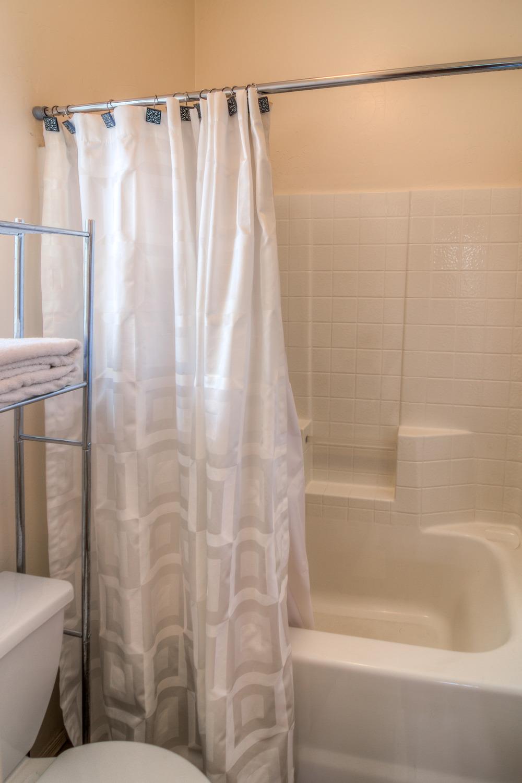 22 Master Bathroom photo c.jpg