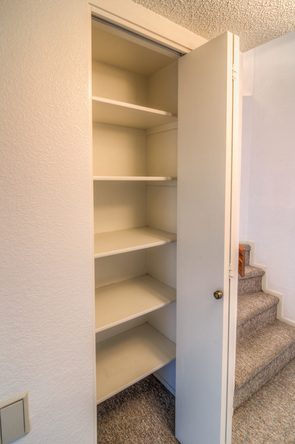 23 Hall Closet.jpg