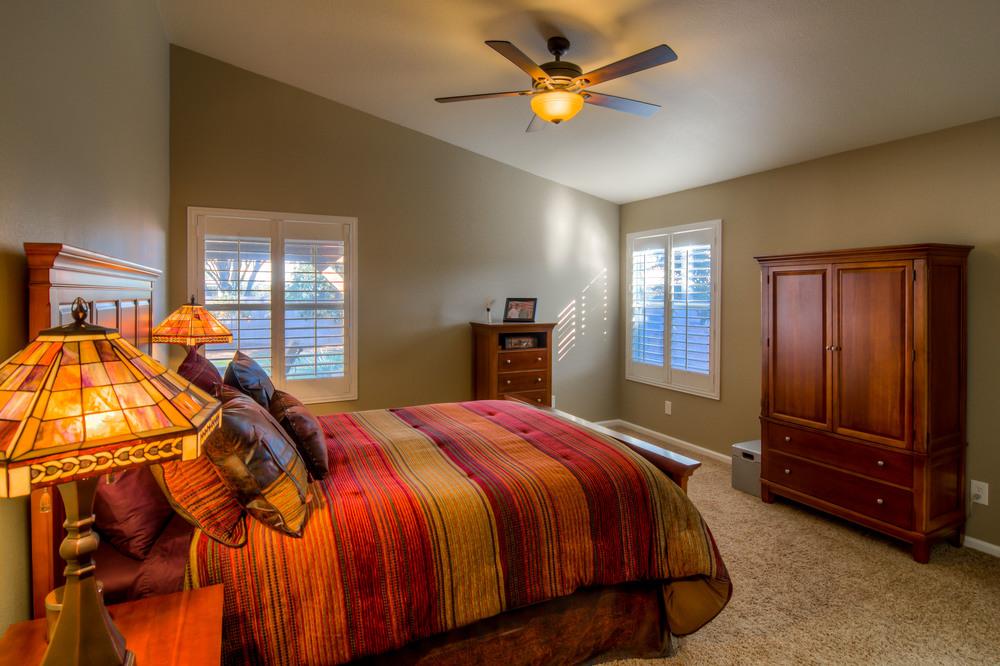 9 Master Bedroom photo a.jpg