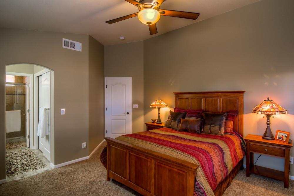 12 Master Bedroom photo d.jpg