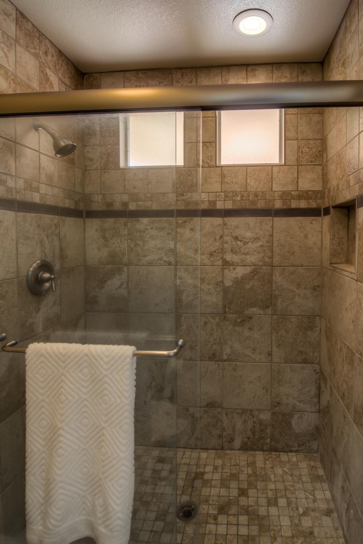 16 Master Bathroom photo d.jpg