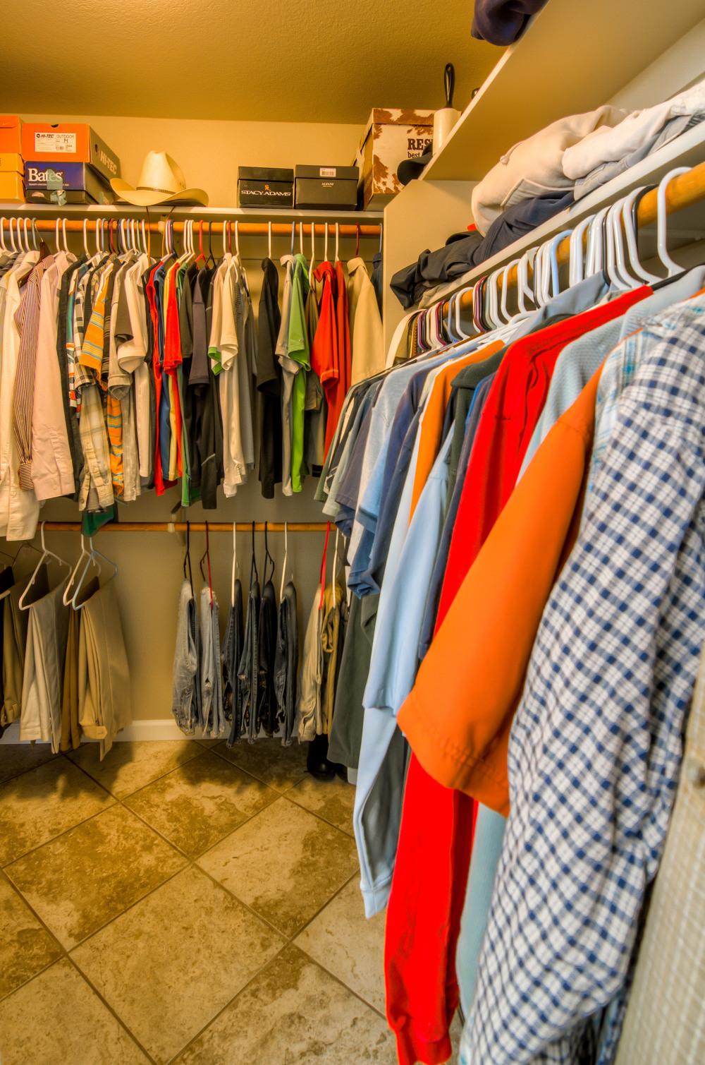 18 Master Closet photo b.jpg