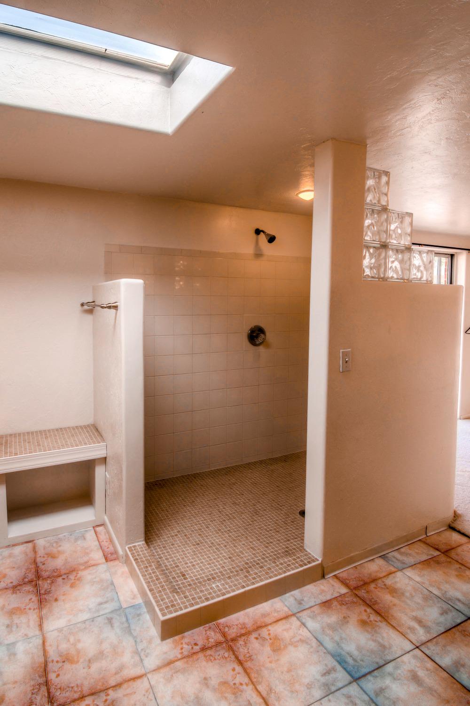 37 Master Bathroom photo a.jpg