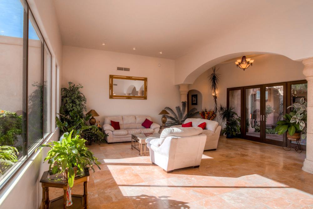 10 Living Room photo d.jpg