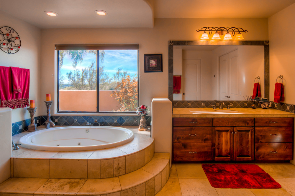 25 Master Bathroom photo b.jpg