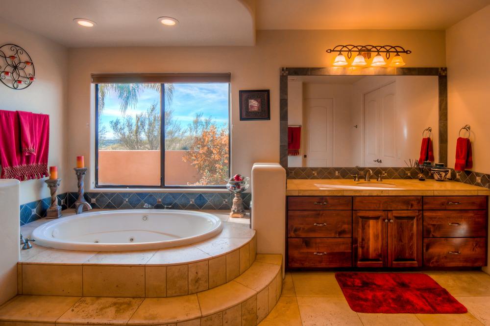 25 Master Bathroom photo b.jpg