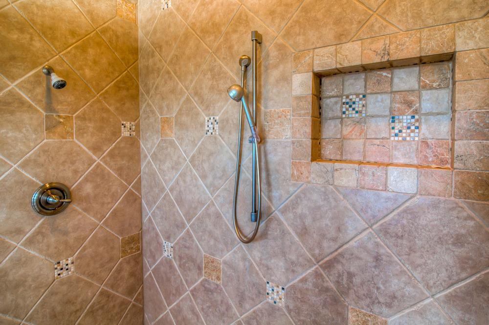 35 Master Bathroom photo c.jpg