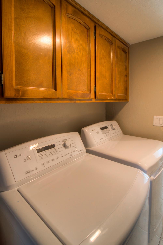 43 Laundry Room.jpg