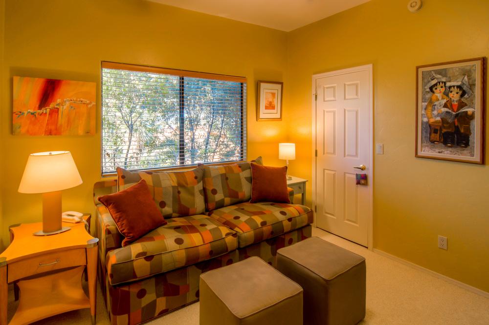 30 Bedroom 1 photo c.jpg