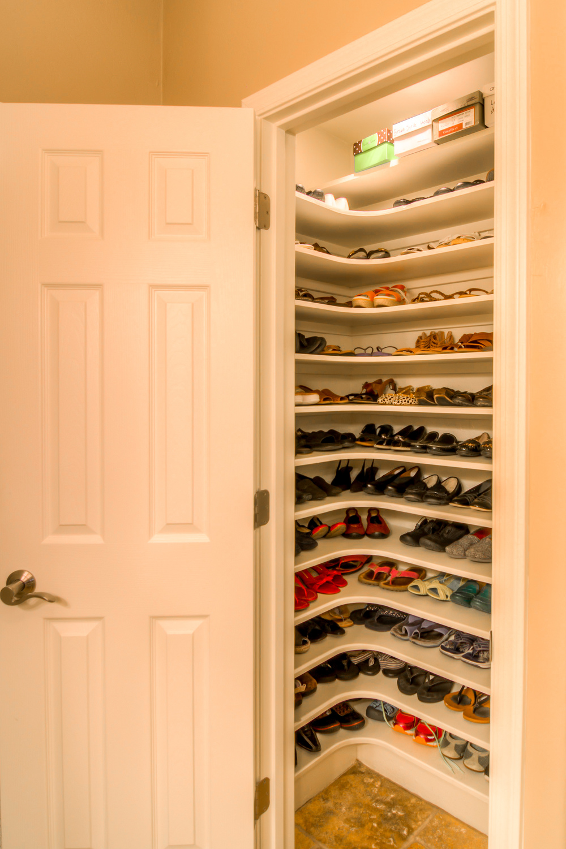 41 Shoe Closet.jpg