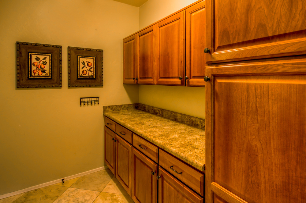 12 Utility Room.jpg