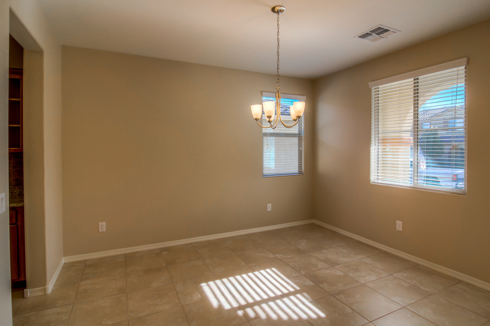 5 Dining Room photo a.jpg