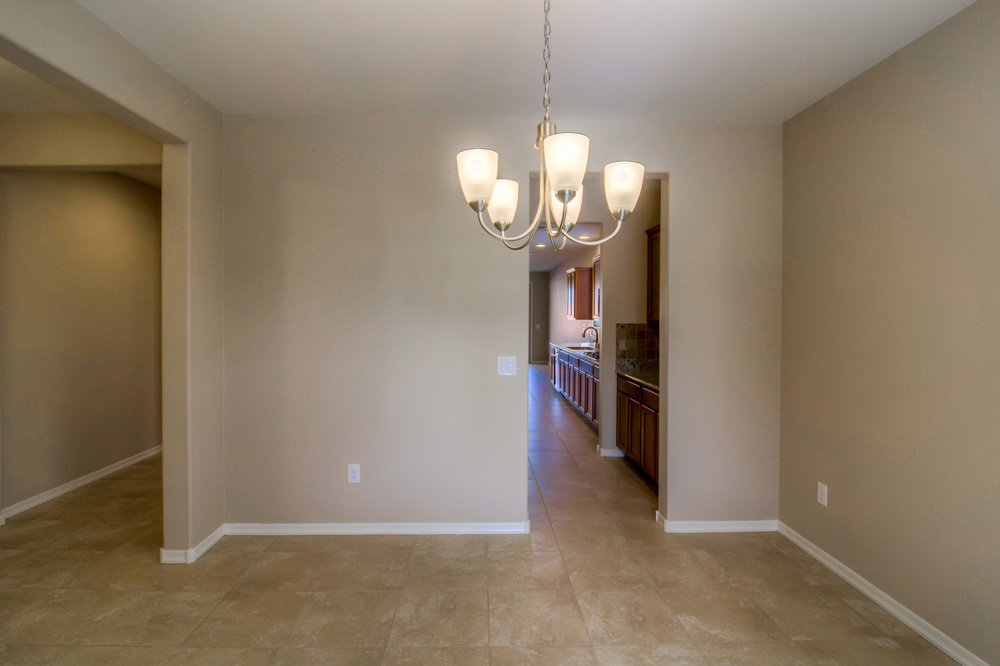 6 Dining Room photo b.jpg