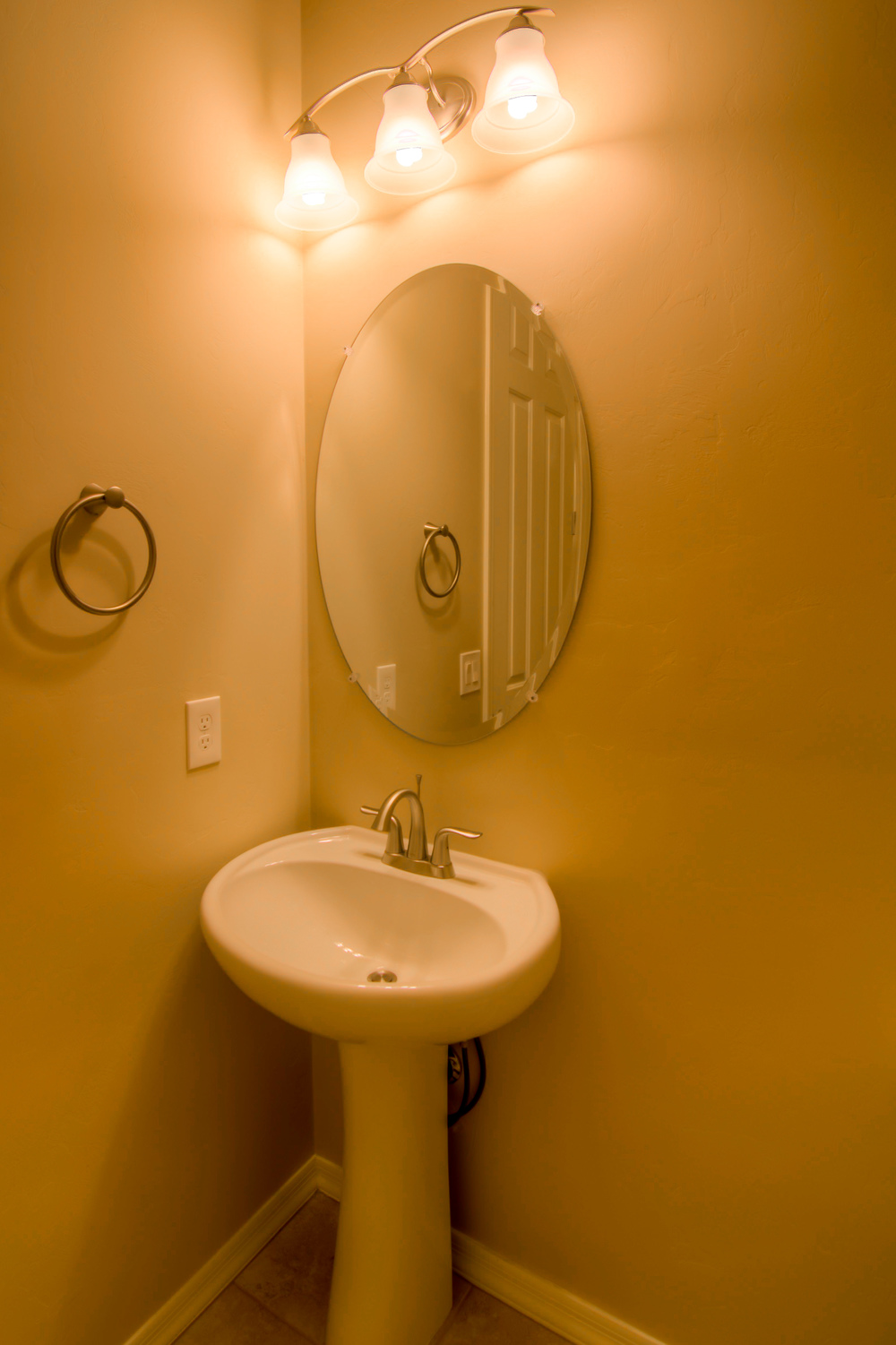 8 Downstairs Bathroom.jpg