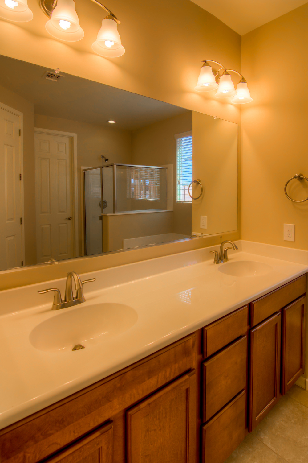 24 Master Bathroom photo a.jpg