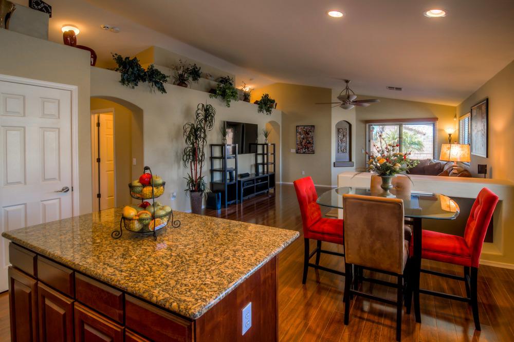 14 Kitchen photo c.jpg