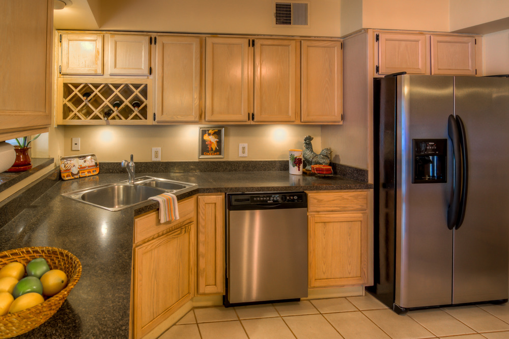 23 Kitchen photo c.jpg