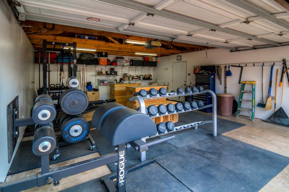 45 Garage photo c.jpg