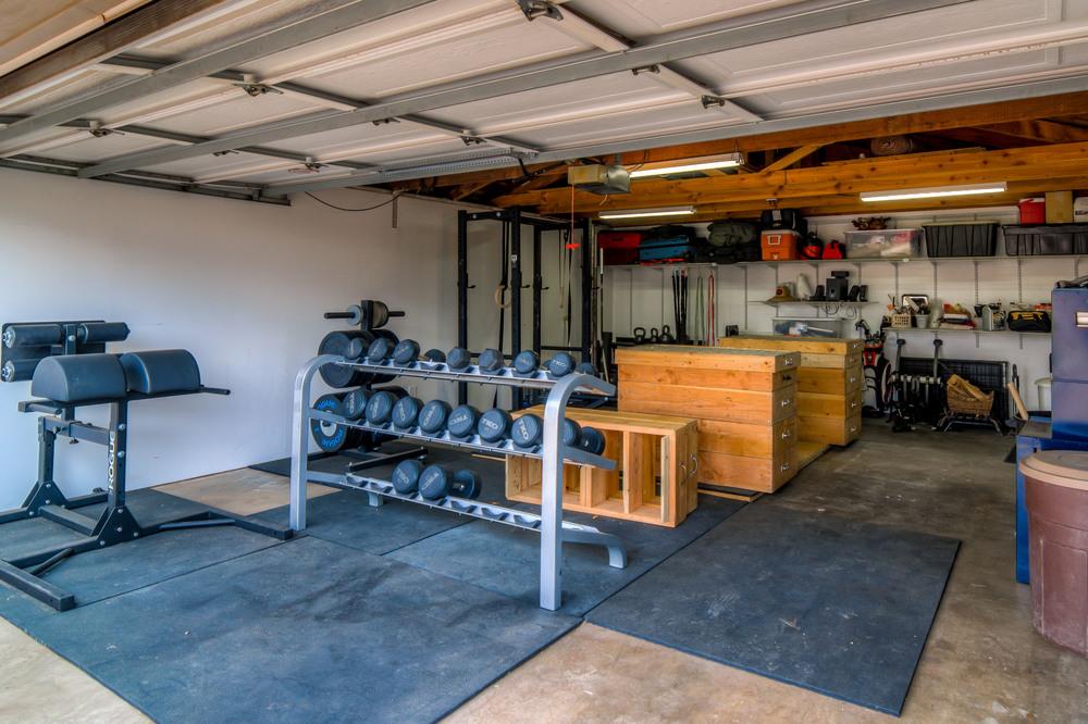 46 Garage photo d.jpg