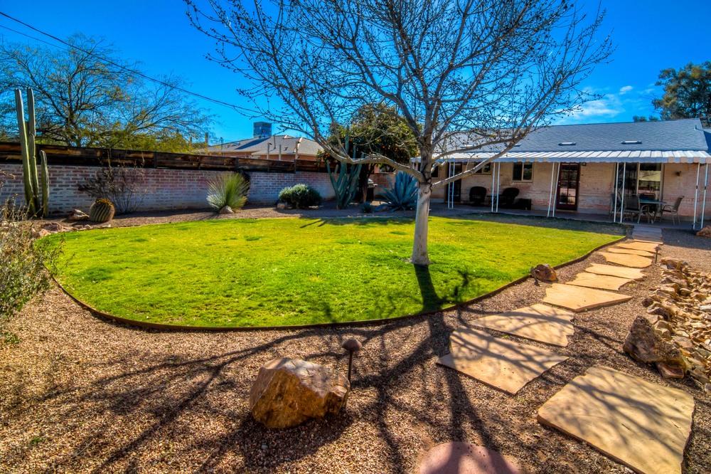 49 Backyard photo c.jpg