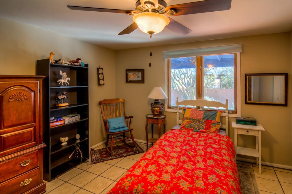 36 Bedroom 3.jpg