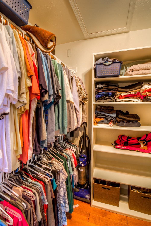 39 Master Closet photo b.jpg
