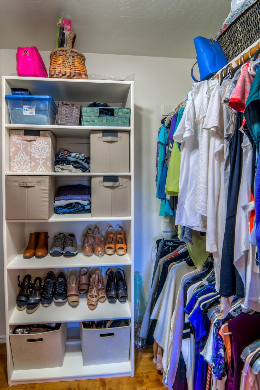 42 Master Closet photo e.jpg