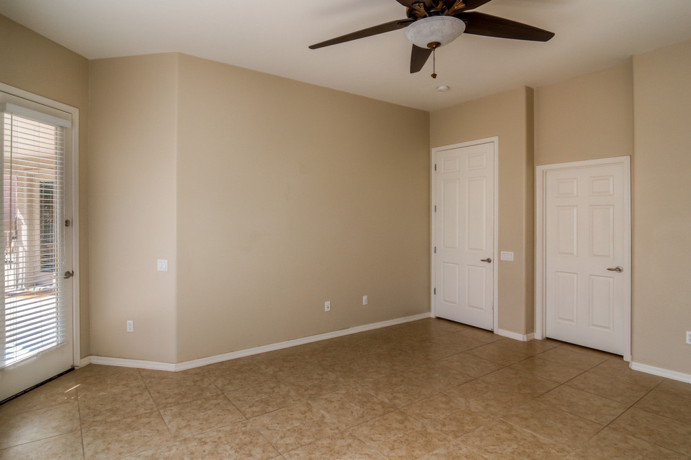 33 Master Bedroom photo c.jpg