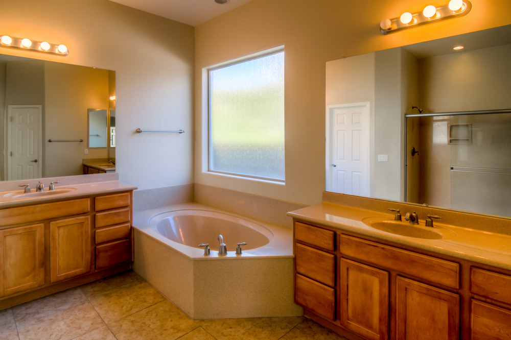 36 Master Bathroom photo a.jpg