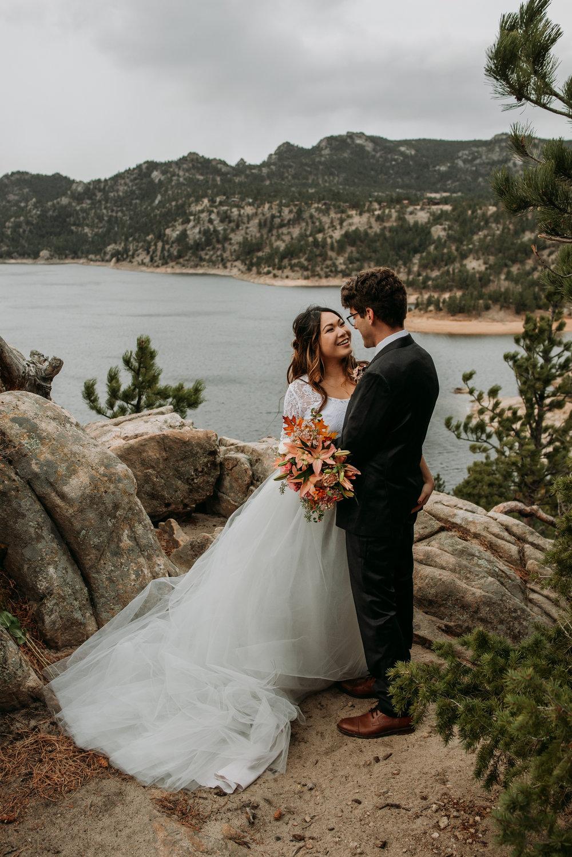 wild_earth_weddings_colorado_elopement_photographer_dogs_rocky_mountains-9.jpg