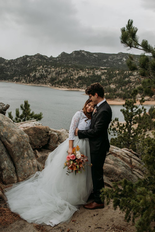 wild_earth_weddings_colorado_elopement_photographer_dogs_rocky_mountains-12.jpg