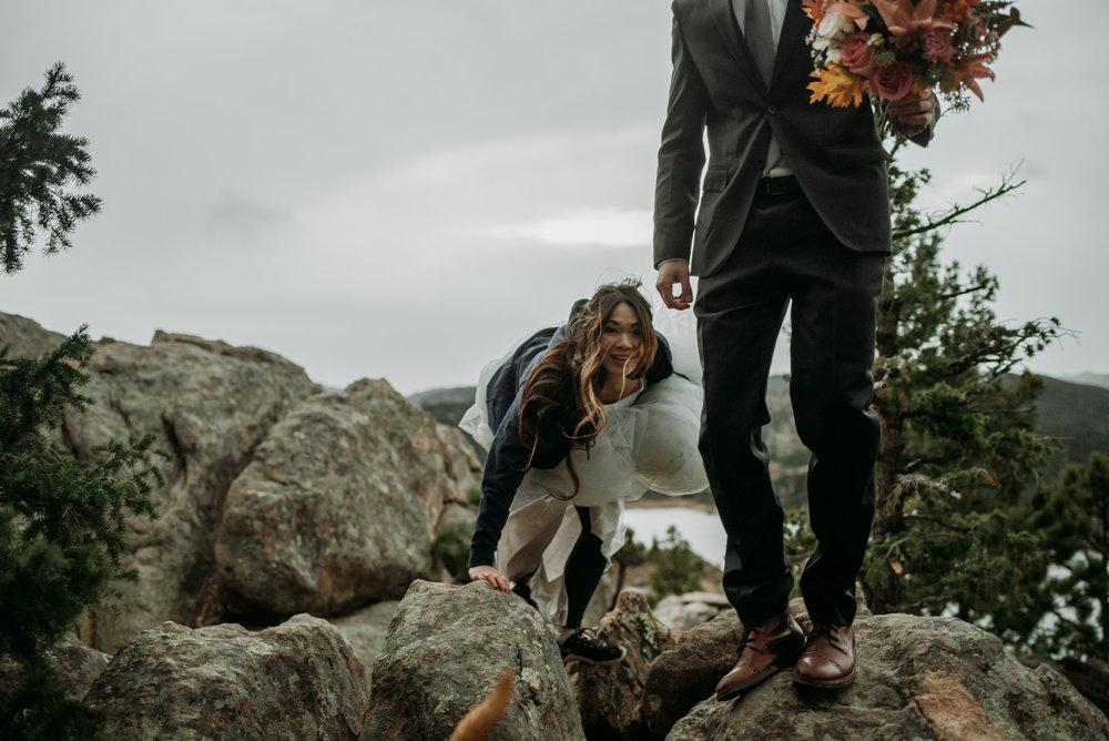 wild_earth_weddings_colorado_elopement_photographer_dogs_rocky_mountains-36.jpg