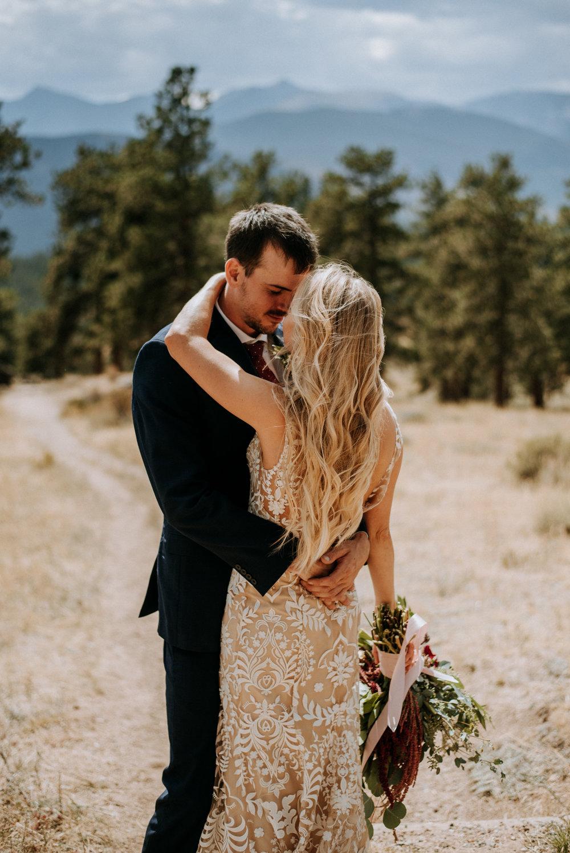 Rocky Mountain National Park wedding photos.