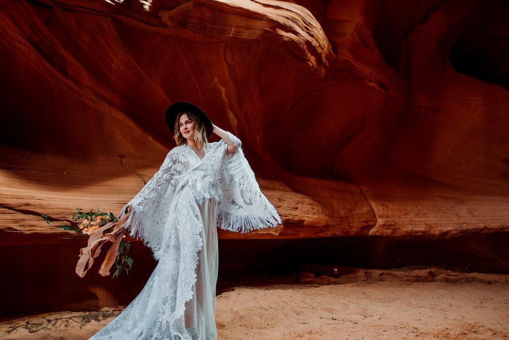 Love that boho fringe! Desert vibes for days.